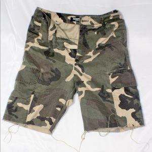 Celebrity Army Fatigue shorts